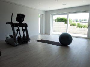 Fitnessraum im Keller